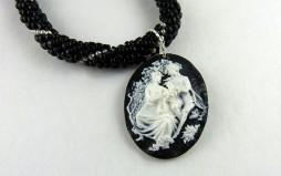 collier de perles Juliette/metiersdarcadeaux.com