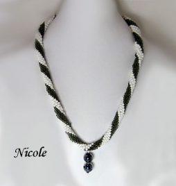 Collier de perles Nicole