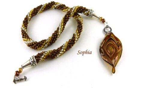 Collier de perles unique pour une femme unique, collier de perles pour cadeau a maman pour Noel, son anniversaire pour Paques