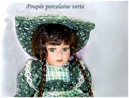 poupée de porcelaine