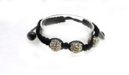 Le bracelet shamballa est la véritable source d'égalité Le shamballa n'est pas un bracelet comme les autres ! Reconnaissable entre tous avec son cordon tressé et ses perles scintillantes, c'est un magnifique symbole de créativité. Taxes incluses et livraison gratuite au Canada seulement